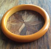 1930s - 1940s Bakelite Bangle - Yellow